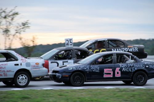 The wild-and-crazy Enduro Series comes to Devil's Bowl Speedway's