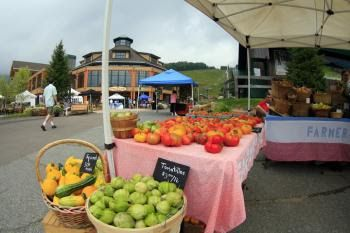 Farmers Market at Spruce Peak Stowe Vermont