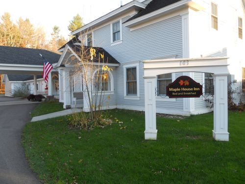 Maple House Inn Bed and Breakfast Morristown Vermont