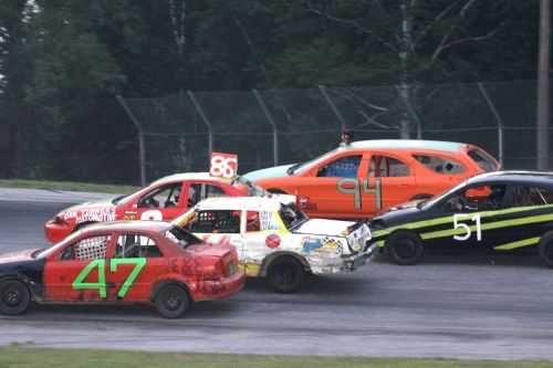 More than 50 drivers have already entered the 31st M&M Beverage Enduro 200, a number that could double by Sunday. (Buzz Fisher/CreativeOutbursts.com photo)