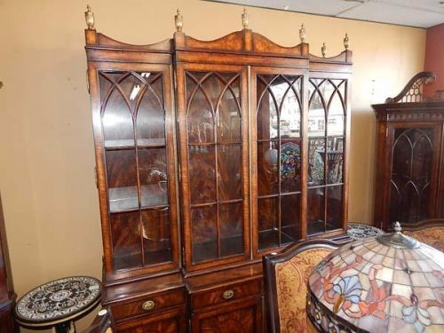 Dealer's Choice Antiques & Auctions Nashville Tennessee