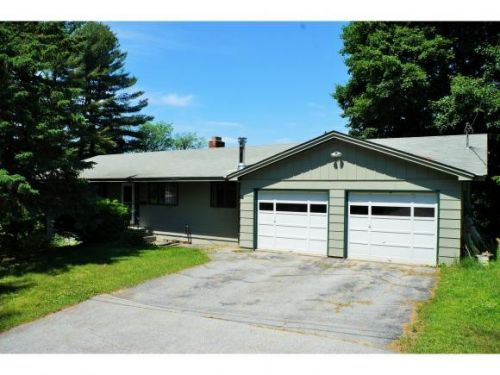 3 Bed 2 Bath Raised Ranch In Barre City Barre City Vermont