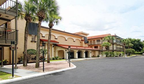 Quality Suites By the Parks Kissimmee Florida