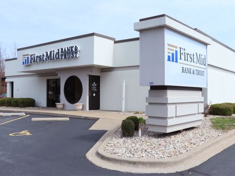 First Mid Bank & Trust Carterville Carterville Illinois