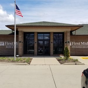 First Mid Bank & Trust Forsyth Illinois