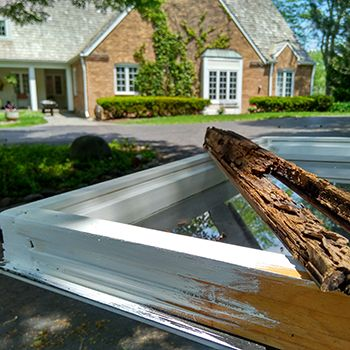 Window Repair & Glass Replacement Services West Allis Wisconsin
