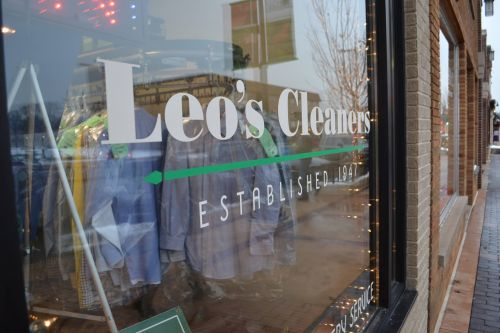 Leo's Dry Cleaners Palmdale California