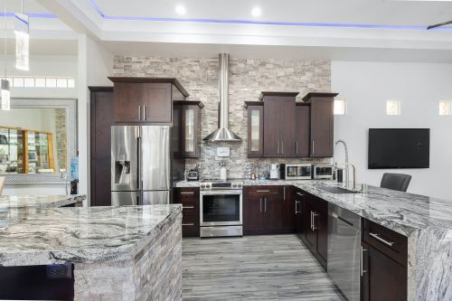 SRQ Kitchen & Bathroom Remodeling sarasota Florida