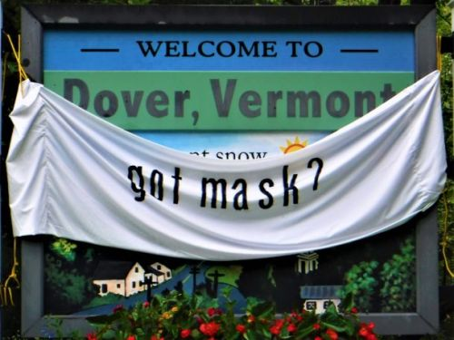 The Deeper Dig: Can ski towns stay Covid-safe? Warren Vermont