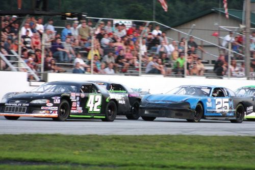The J&S Steel Late Model division will run twin 20-lap features on Sugar & Spice Night at Devil's Bowl Speedway this Friday.  The track's Championship Night has been shuffled to Friday, Sept. 7 after last week's weather forced some changes.  (Alan Ward photo)